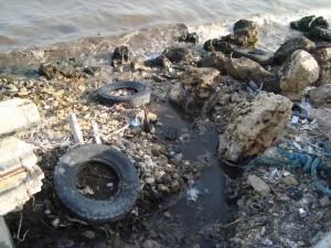 pollution-mediterranee